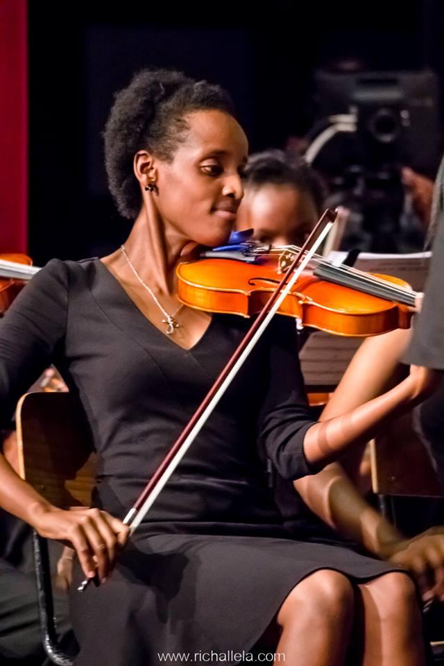 bernadette on the violin