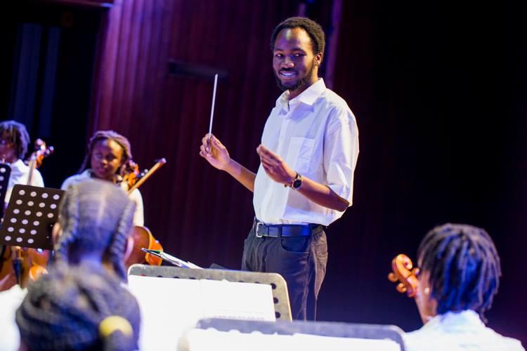 Jason Rae Conducting