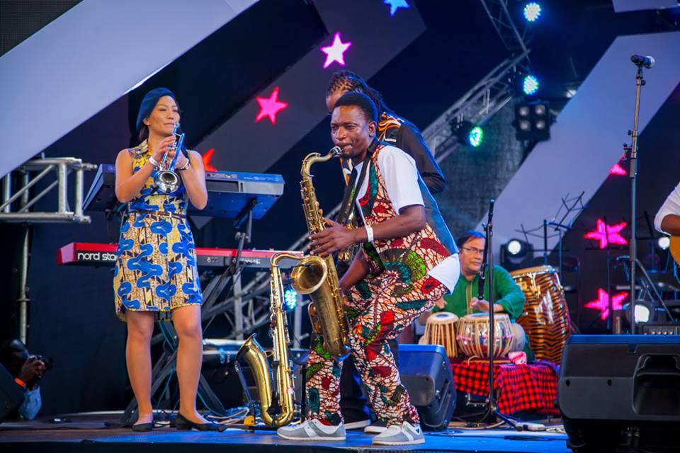 Juma Tutu & Swahili Jazz Band Mbarathi's Edge