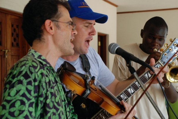 September 19, 2009 – A Barrel Bottom Scrapers Gig in Kilifi.