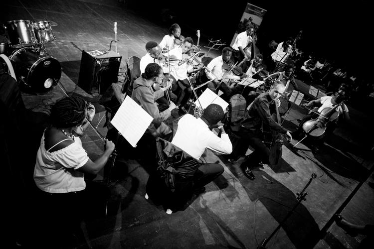 Avery Waite and members of the Kenya Music Conservatoire Orchestra